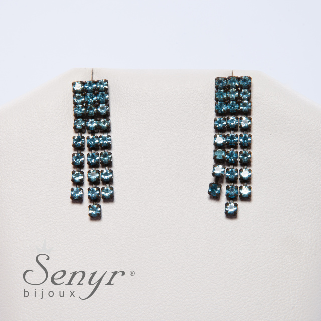 Earrings with three lines