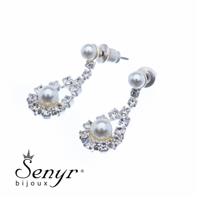 Earrings with small bead